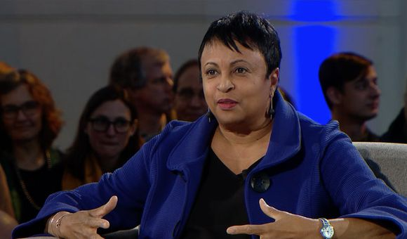 Preview thumbnail for video'The Long Conversation 2018: Liz Cottrell Interviews Carla Hayden