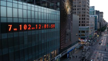 Clock in New York Counts Down the Time Remaining to Avert Climate Disaster