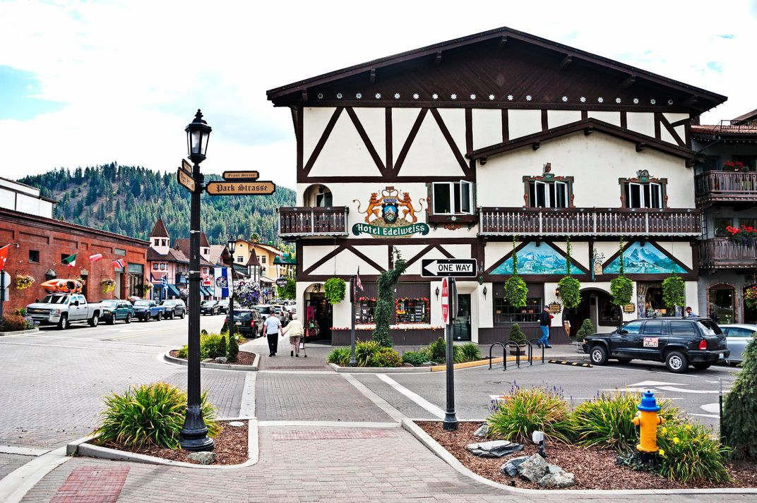 Leavenworth Washington street.jpg
