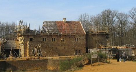 20120521013035Guedelon-photo.jpg