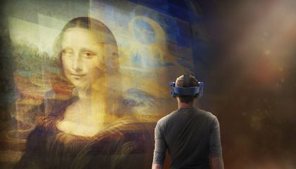 The Louvre's First VR Experience Lets Visitors Get Close to the 'Mona Lisa'