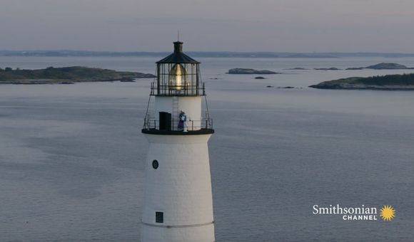 Preview thumbnail for video'This Woman Manages America's Oldest Lighthouse