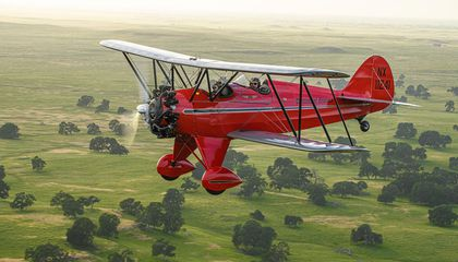Airplane of the Year Honors Go to Chris Galloway's 1931 Waco