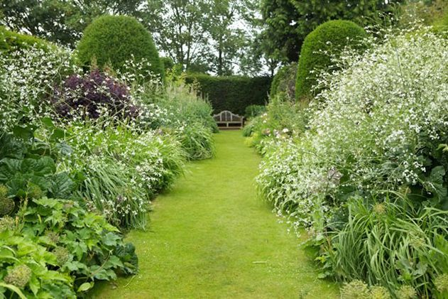 Get Lost in London\'s Secret Gardens | Travel | Smithsonian