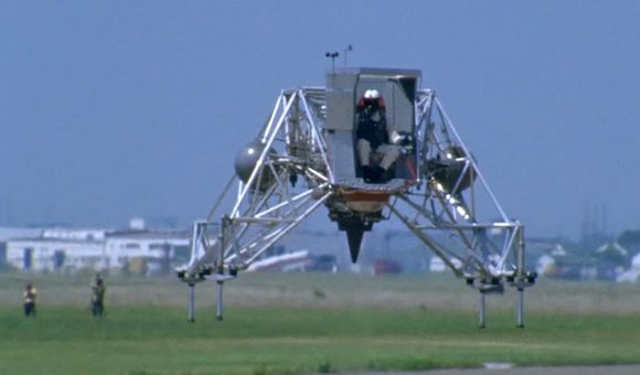 Preview thumbnail for video'How Neil Armstrong Trained to Land the Lunar Module
