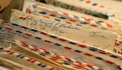 Vietnam War Vets Reconnect With Their 1960s Pen Pals For a Museum Donation
