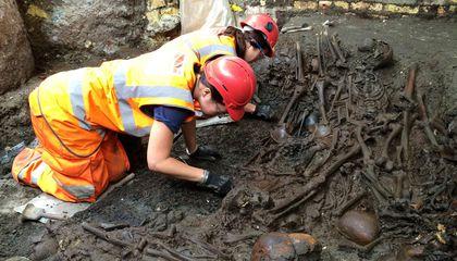 DNA from 17th-Century Teeth Confirms Cause of London's Great Plague