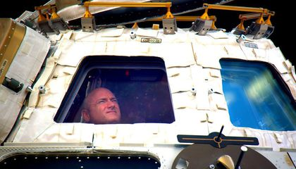 Scott Kelly's Year of Working Tediously