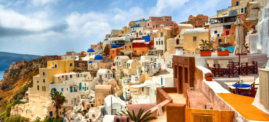 Greek Isles and Aegean Wonders <p>Join us as we explore Athens and the fabled isles of the Aegean. Discover ancient Grecian port cities, marvel at magnificent scenery and tour remarkable archaeological sites that showcase Greece&rsquo;s glorious past.</p>