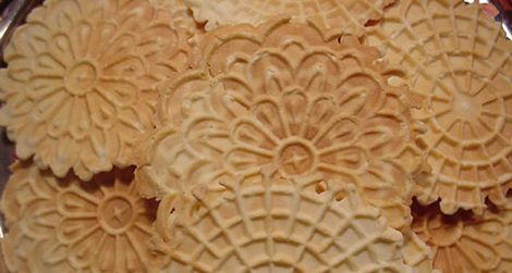 A plate of pizzelle