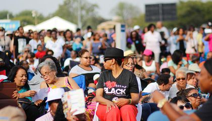 Thousands Converge on the National Mall For Music, Family, Remembrance and Celebration
