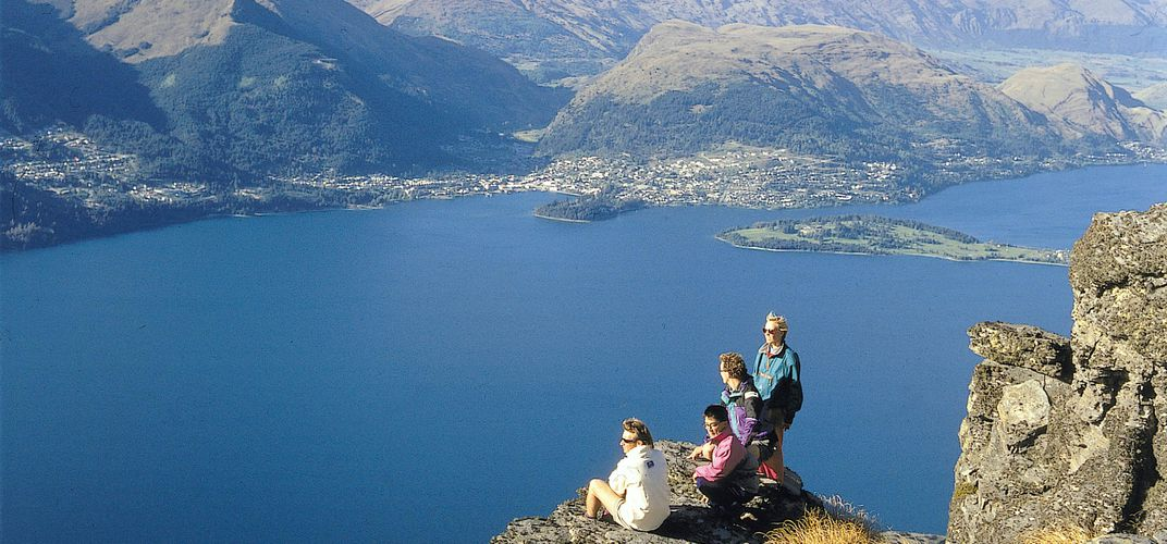 Overlooking Queenstown and Lake Wakatipu. Credit: Tourism New Zealand