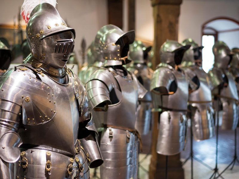 Here's How to Fight Wearing 15th Century Armor | Smart News