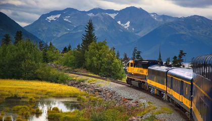 Guide to Awesome: 14 Reasons to Visit Alaska Now