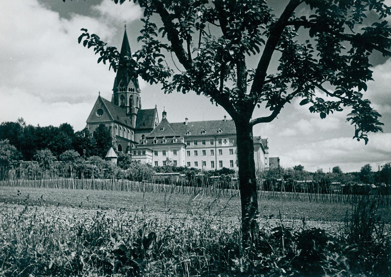 When a Bavarian Monastery Provided a Home to Jewish Refugees