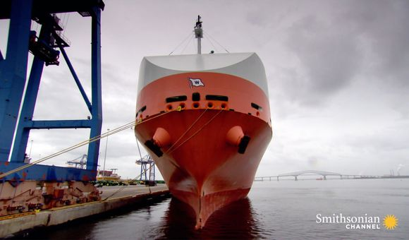 Preview thumbnail for video'The $15,000 Robotic Cleaning That Removes a Ship's Sludge