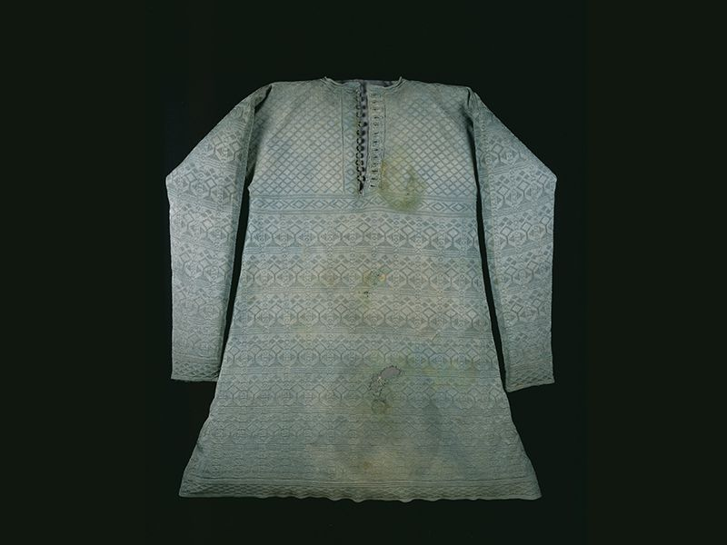 See Charles I's Stained Execution Shirt