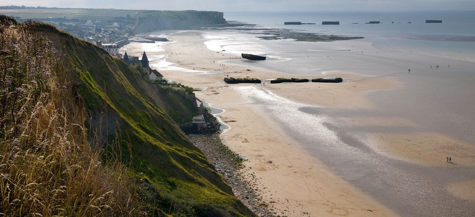 D-Day: A Journey from England to France <p>Delve into Normandy's heritage from your base in the picturesque harbor town of Honfleur. Explore 20th-century history during visits to key sites of the Allied forces' D-Day invasion.</p>