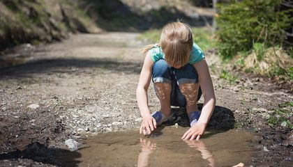Mystery Solved: Why Puddles Don't Go On Forever