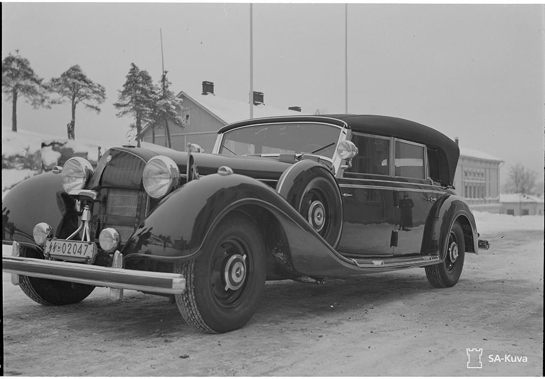Why americans flocked to catch a glimpse of hitler 39 s car for Mercedes benz germany careers