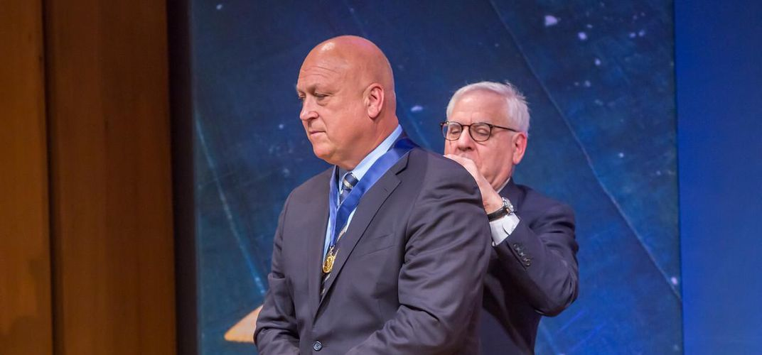 Caption: Ripken Receives Great Americans Medal