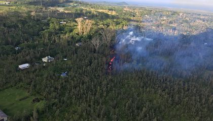 Hawaii's Kilauea Volcano Cracks Open Earth, Endangering Neighborhoods With Lava