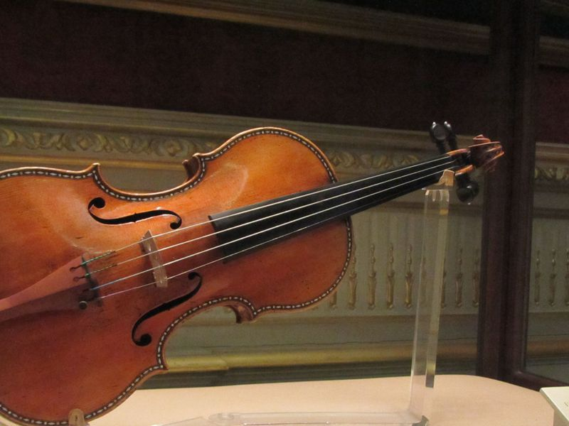 Study Challenges The Supremacy Of Stradivarius Violins Smart News Smithsonian Magazine