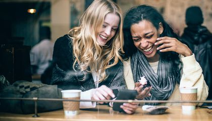 Who's Laughing Now? Listeners Can Tell if Laughers are Friends or Not