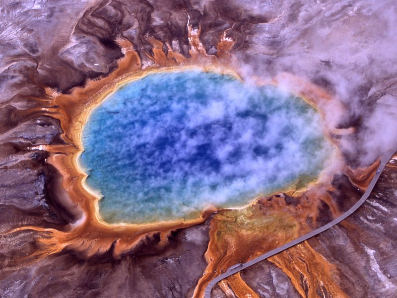 Five things to know about the yellowstone supervolcano smart news five things to know about the yellowstone supervolcano sciox Gallery
