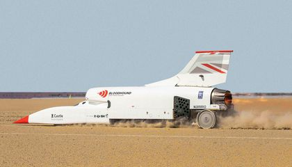 800 MPH in a Jet-Powered Car