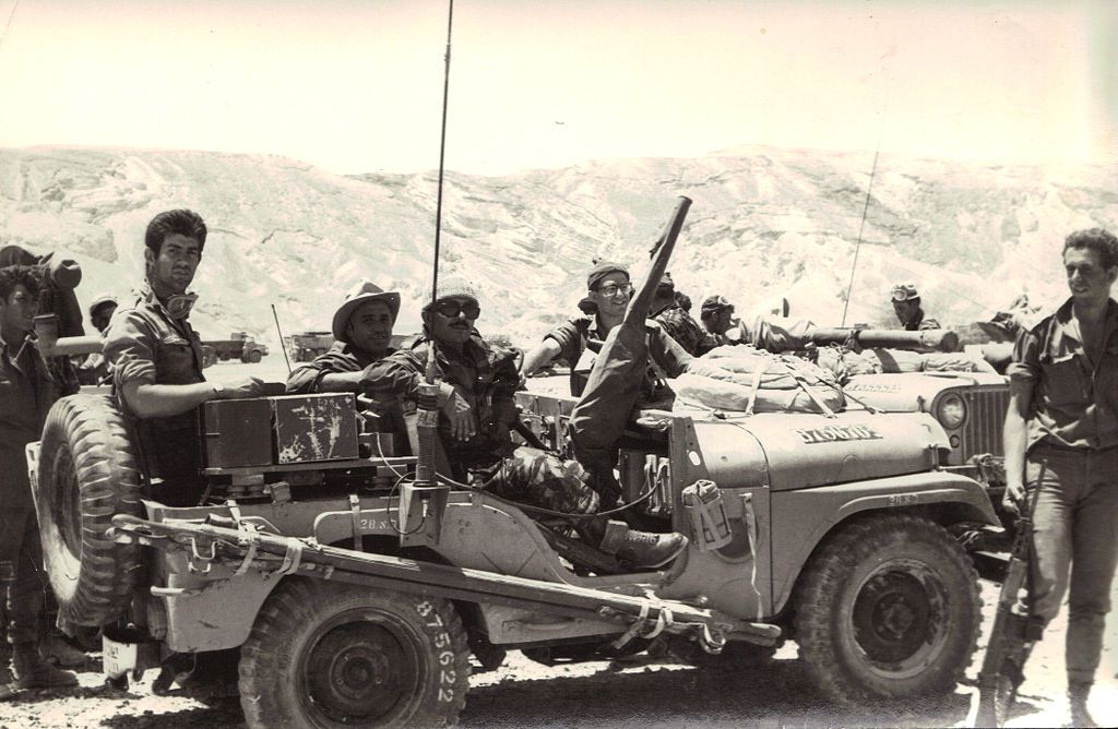 Israeli Sol Rs In Sinai During The Six Day War In 1967 Wikimedia Commons