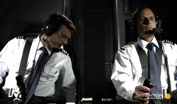 Preview thumbnail for video'This Pilot Didn't Know Left From Right