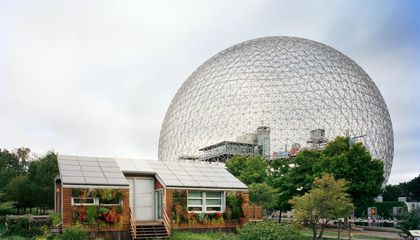 A Photographic Tour of the Wonders That World's Fairs Leave Behind