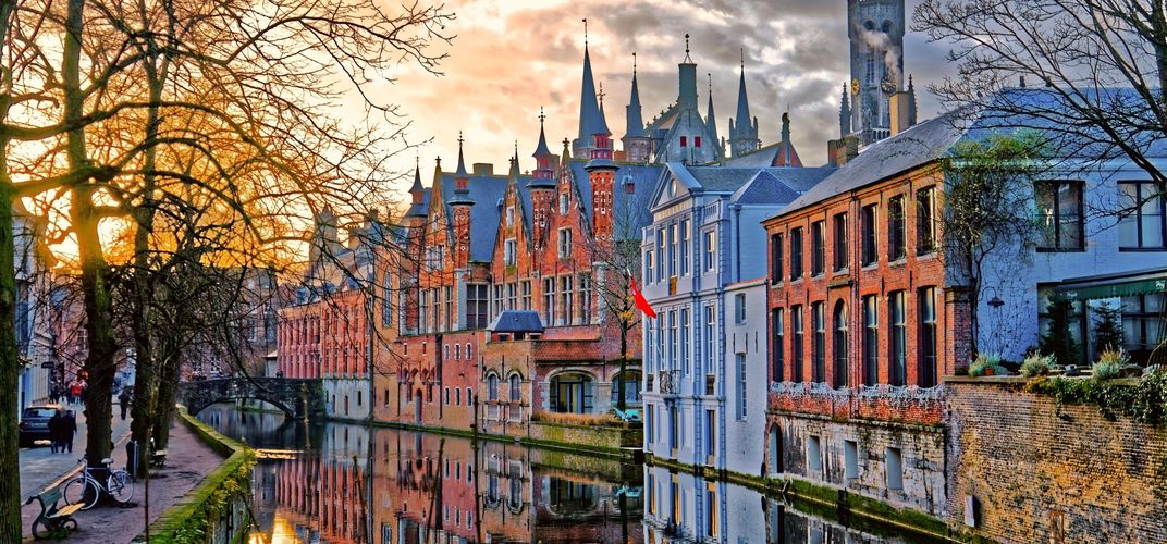 Evocative canal in Bruges