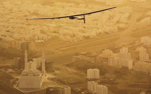 Can it fly around the world without a drop of fuel?