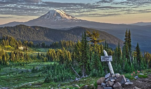 A spectacular view along the Pacific Crest Trail in Lewis County, Washington.