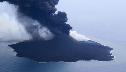 Volcanic Island's Explosive Growth Creates New Land