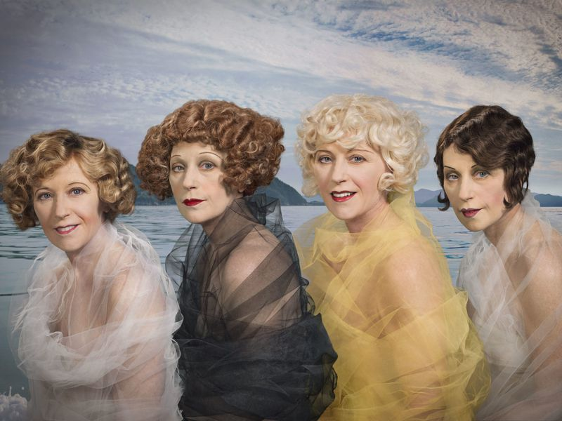 Why Photographer Cindy Sherman Is Still the Queen of Reinvention | Smart  News | Smithsonian Magazine