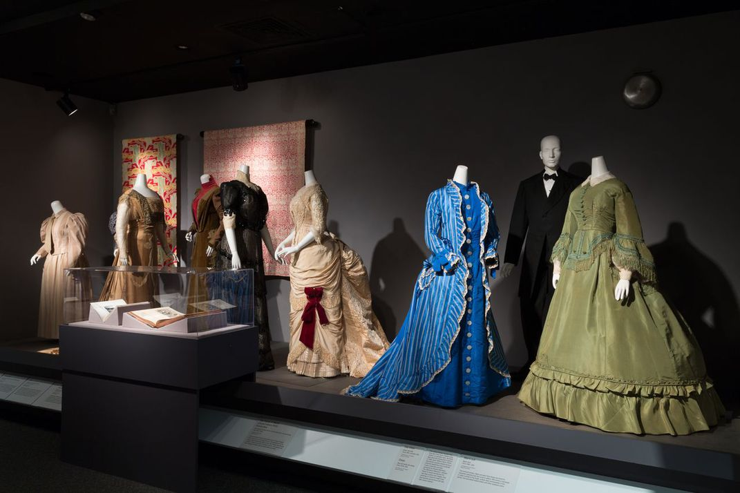 Explore 250 Years Of What Makes Fashion Trendy At New York S Fashion Institute Of Technology Travel Smithsonian Magazine