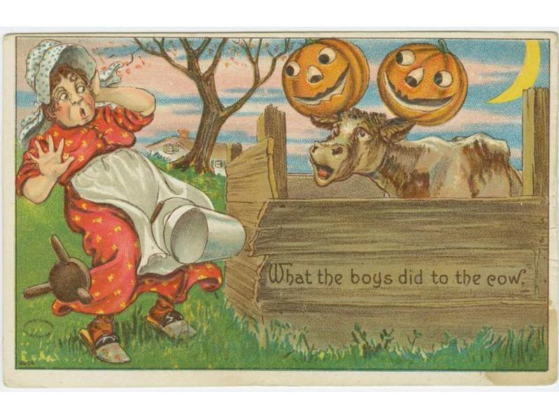 A 1908 postcard depicts Halloween mischief.