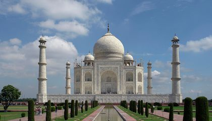 Indian Supreme Court Orders Government to Restore the Taj Mahal — or Demolish It