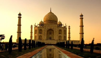Restoring the Taj Mahal