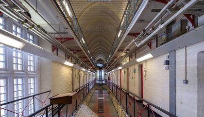 A British Jail Is Paying Artistic Tribute to Oscar Wilde, its Most Famous Inmate