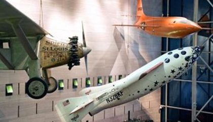 October 4, 2004: SpaceShipOne Wins $10 Million X Prize