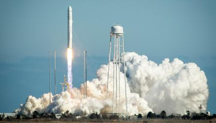 Reminder: Keep Your Boat AWAY From NASA's Rocket Launches