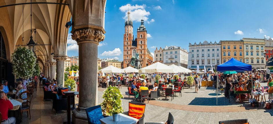 Kraków <p>During this new one-week stay, explore the history of Krak&oacute;w, considered one of Europe&rsquo;s most beautiful cities and&nbsp;a major center for Poland&rsquo;s cultural and academic life.</p>