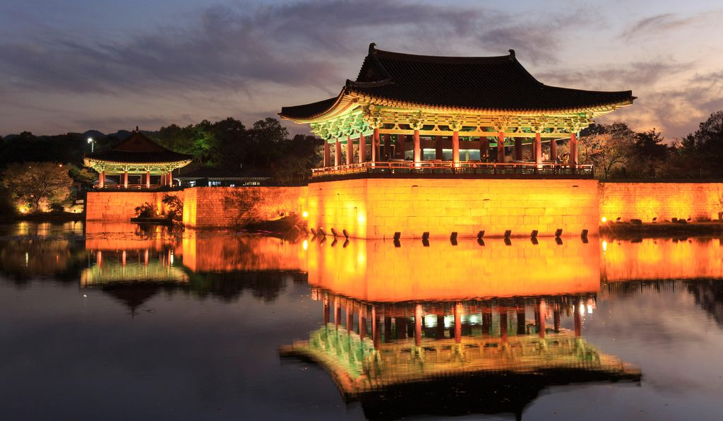 The city of Gyeongju and its neighboring areas have more tombs, temples, pagodas, palaces and rock carvings than any other area in South Korea.