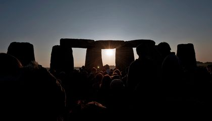 Dry Grass Hints That Stonehenge Was Once a Whole Circle