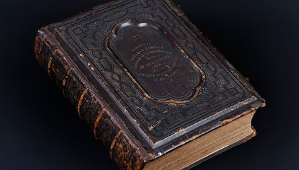 A Bible Owned by Lincoln, Unknown to Historians for 150 Years, Goes on Display