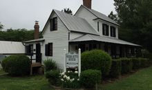 The Weems-Botts Museum